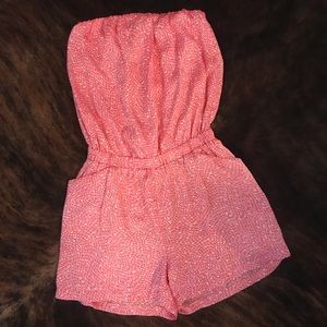 NWT Collective Concepts Strapless Patterned Romper